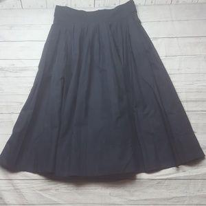 H&M navy blue pleated skirt